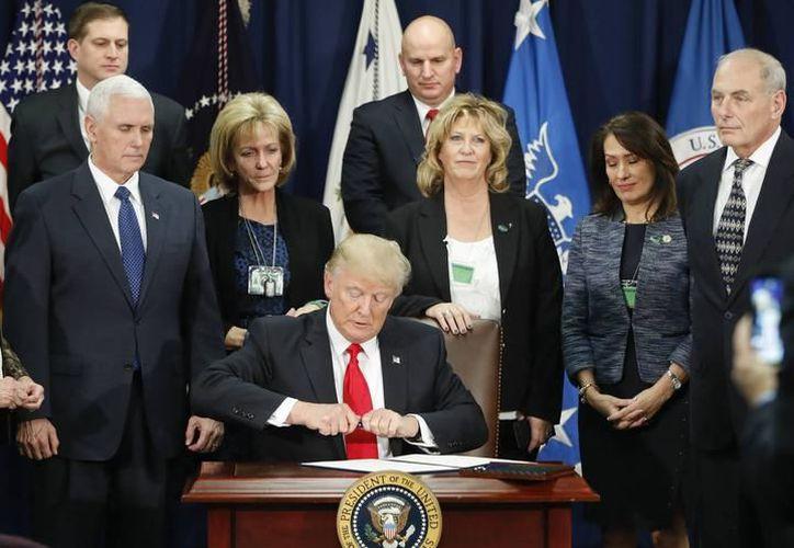 Nuevas licitaciones son aprobadas por Estados Unidos para la construcción del muro fronterizo. (Contexto/Internet)