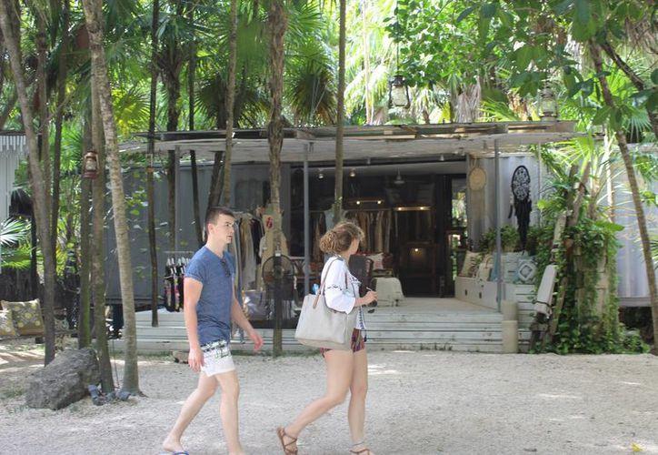 Los hoteles como Ana y José, también prevén una temporada y un cierre de año con alta ocupación. (Sara Cauich/ SIPSE)