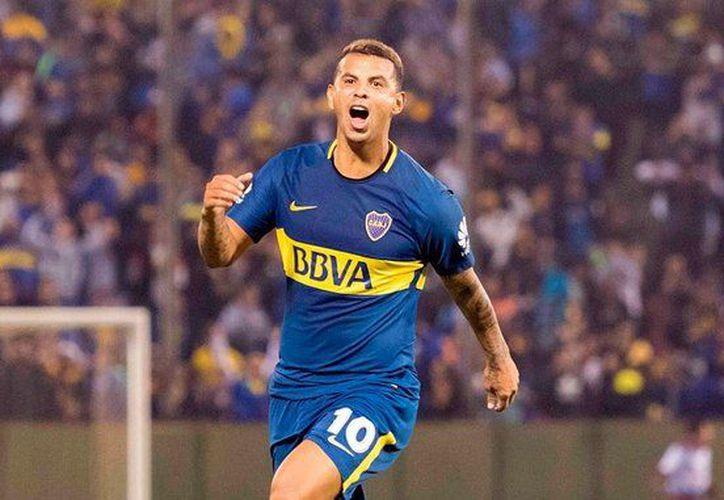 """Cardona no tiene problema con cederle el jersey con la """"10"""" a Carlos Tévez. (Foto: Contexto/Internet)"""