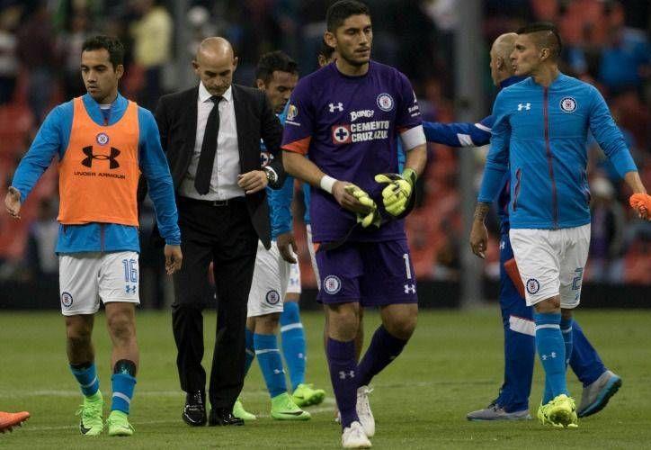 Conforme ha avanzado el torneo mexicano, Cruz Azul ha bajado en la tabla del descenso: empezó en el sitio 11 y ya es 15. (mexsport.com)
