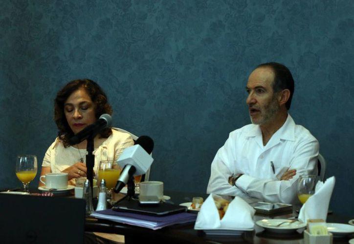Carlos Noriega Curtis, presidente de la Asociación Mexicana de Afores, reveló que hay diferencias en el conocimiento de derechos de ahorro para el retiro entre quienes viven en el norte y el sur del país. (José Acosta/Milenio Novedades)