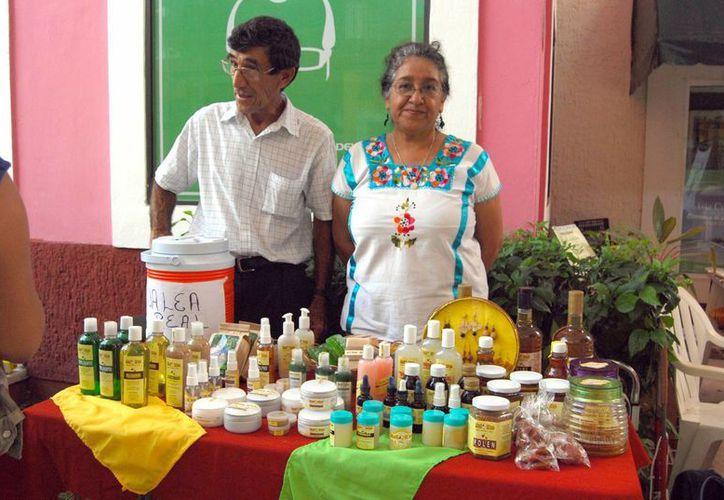 Los productos Mul Ka'b se pueden encontrar en el tianguis del Mayab en la Universidad del Caribe cada viernes o en el Ecotianguis que se realiza el último domingo de cada mes en la Plaza Bonita. (Tomás Álvarez/SIPSE)
