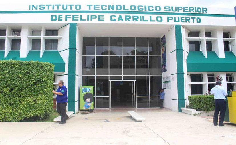 La aplicación fue realizada por jóvenes de la Carrera en Sistemas Computacionales. (Jesús Caamal/SIPSE)