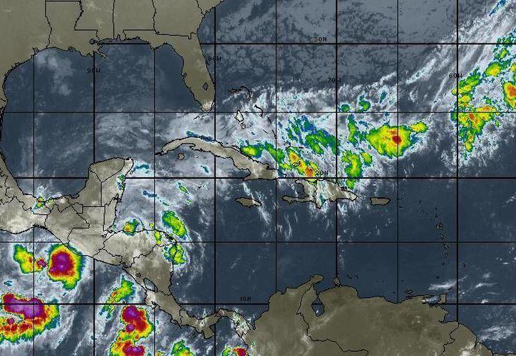 Descartan que el sistema de baja presión en el Golfo de Honduras evolucione. (Redacción/SIPSE)