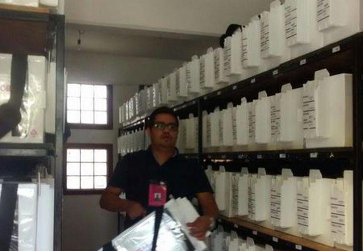Las boletas del Distrito 03, en Benito Juárez, son resguardadas en una bodega y custodiadas por el Ejército. (Alejandra Galicia/SIPSE)