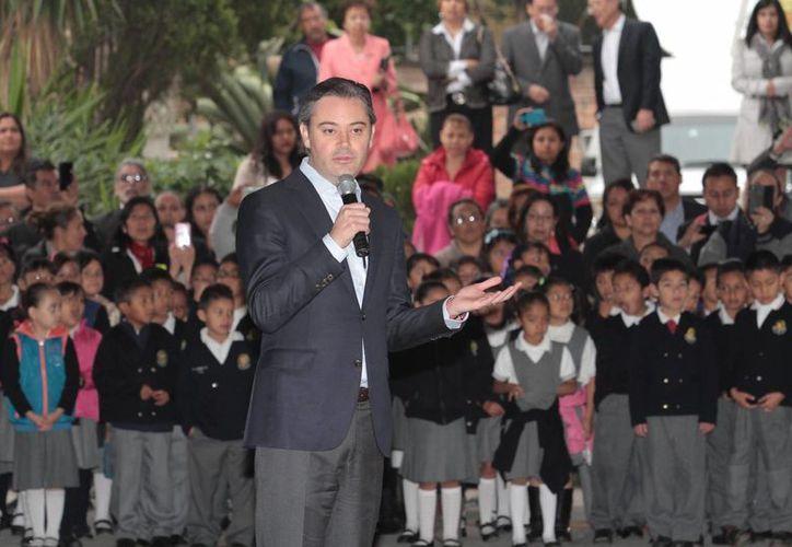 El secretario de Educación indica que la ley será aplicada contra los maestros paristas. (Notimex)