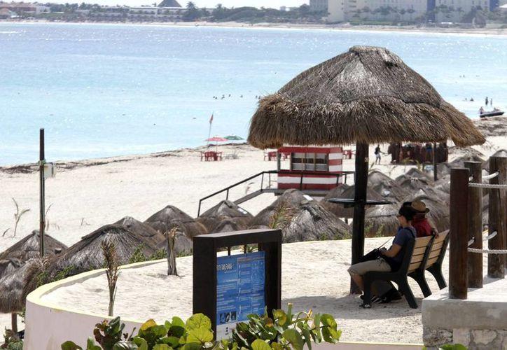 La promoción del destino turístico cobra fuerza a través de redes sociales . (Francisco Gálvez/SIPSE)