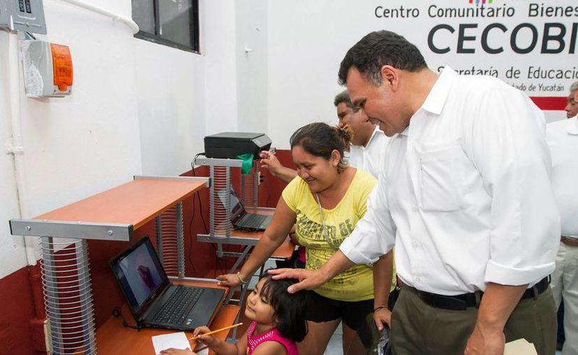 El Gobernador recorrió las instalaciones del nuevo Cecobid. (Milenio Novedades)