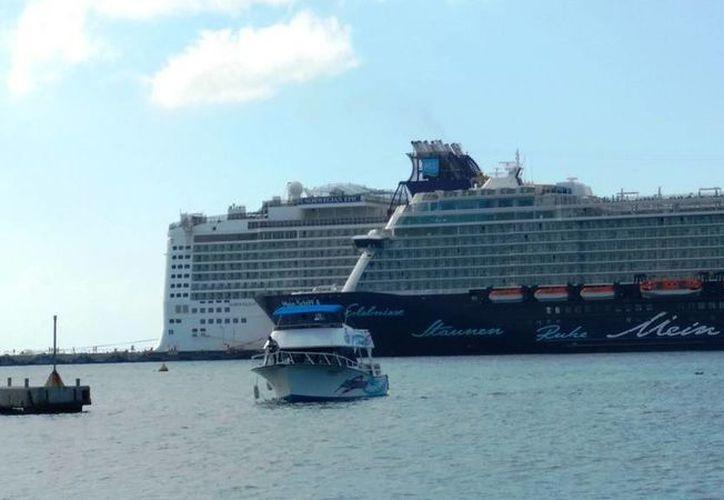 A partir de mañana los hoteles flotantes podrán verse en la isla. (Foto: Redacción)
