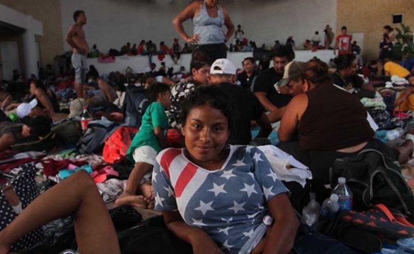 Los migrantes recibieron un documento provisional para realizar actividades remuneradas. (excelsior.com)