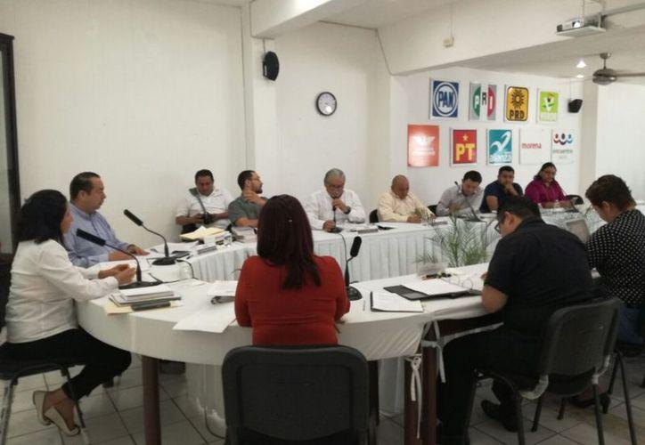 El Consejo General del Instituto Electoral de Quintana Roo realizó, anoche, la declaratoria de procedencia. (Joel Zamora/SIPSE)