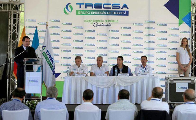 El presidente de Guatemala, Otto Pérez Molina, inauguró hoy obras de un proyecto de infraestructura eléctrica a cargo de una empresa colombiana, cuyos directivos manifestaron en el acto su interés de invertir en el sector energético de México. (Notimex)