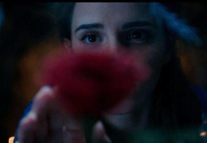 Emma Watson en su papel de bella de la nueva entrega de Disney (YouTube).