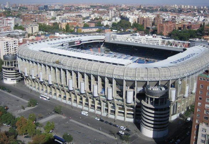 El estadio Santiago Bernabeu podría sufrir varios cambios importantes en los próximos años. (callejeromadrid.eu)