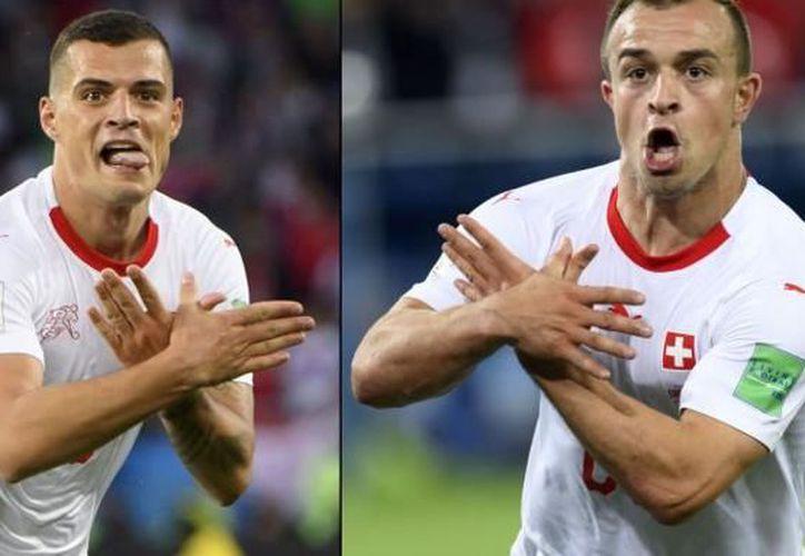 Por representar el símbolo de Albania para celebrar sus respectivos goles, los suizos Granit Xhaka y Xherdan Shaqiri podrían ser castigados en Rusia 2018 (Foto: elcorreo.com)