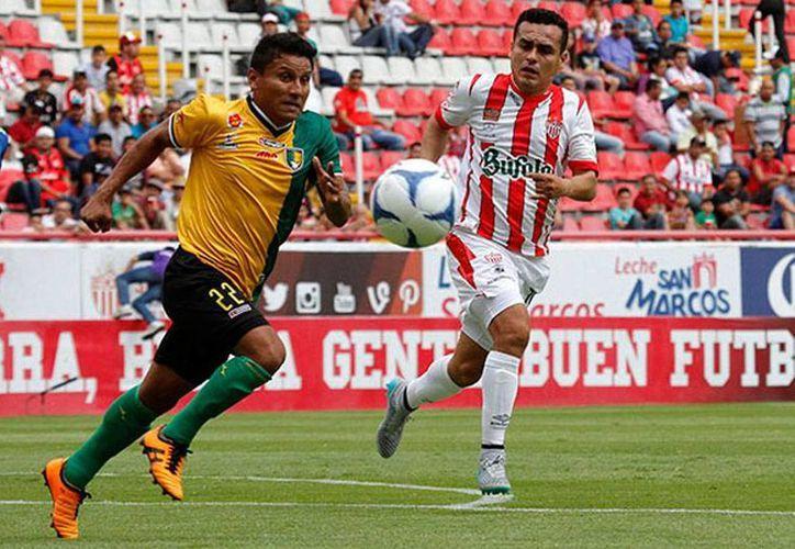 Venados FC Yucatán venció 3-2 a Rayos de Necaxa, en el estadio Victoria. Se jugó la segunda fecha del torneo Apertura 2015, del Ascenso MX. (Milenio Novedades)
