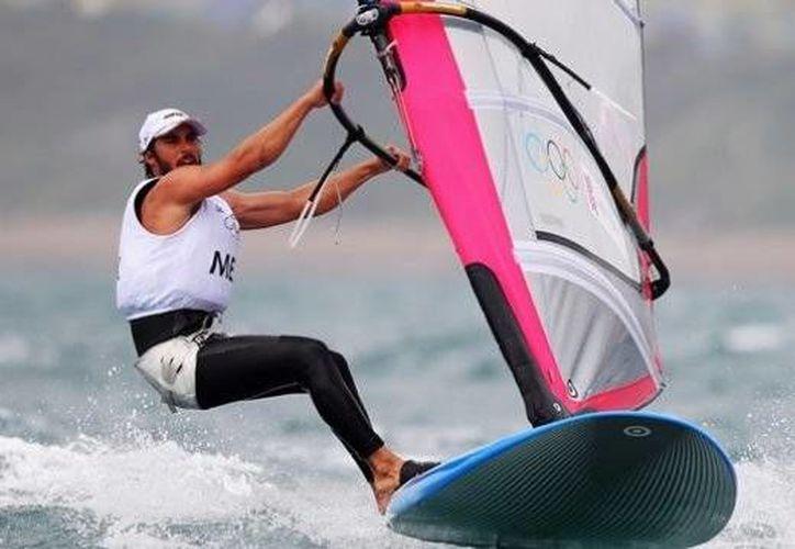 El velerista yucateco David EMier y Terán ganó su cuarta presea de oro al hilo en Juegos Centroamericanos, mientras que Rossana Pardenilla, también yucateca, hizo historia en atletismo. (Milenio Novedades)