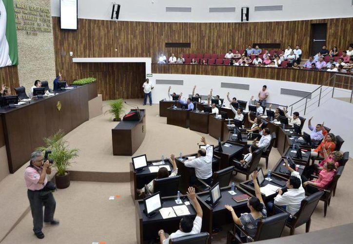 La propuesta del Ejecutivo fue aprobada con el consenso de los diputados en el  el Congreso del Estado. Vinculará a la academia con el sector productivo. (Milenio Novedades)