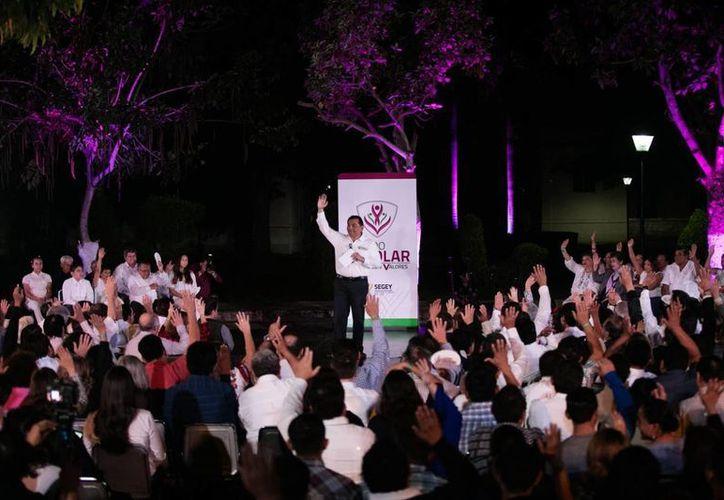 La Segey anunció el arranque oficial de la iniciativa Escudo Escolar en tres mil 708 escuelas del estado y enfocada en fomentar valores. (Foto cortesía del Gobierno)