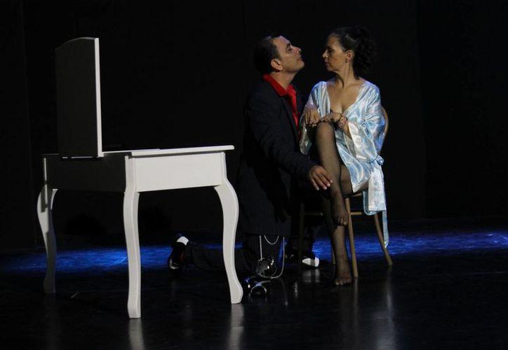 """La obra """"¡Qui'ubo Carnal!"""" se presentará los sábados en el Foro Zoila. (Andrea Aponte/SIPSE)"""