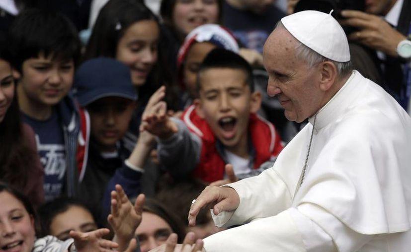 """""""La cultura del bienestar nos hace poco valientes, nos vuelve perezosos, nos hace también egoístas"""",dijo el Pontífice. (Agencias)"""