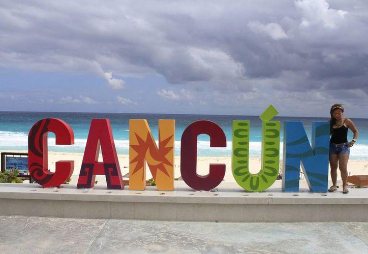 Turistas omiten etiquetar la imagen con alguno de los hashtag del Parador Fotográfico. (Sergio Orozco/SIPSE)