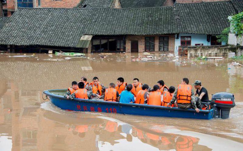 Más de 40 desaparecidos por las inundaciones en China