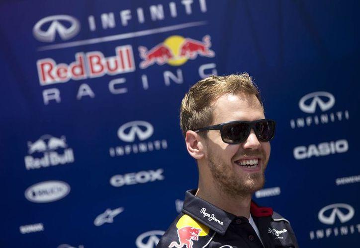 El piloto alemán fue casi imbatible este año. El fin de semana pasado logró su octavo triunfo al hilo con el Gran Premio de EU. (Agencias)