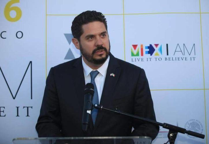 Gemi José González, cónsul general de México, planea ayudar a sus compatriotas en aspectos legales, humanitarios y profesionales. (Notimex)