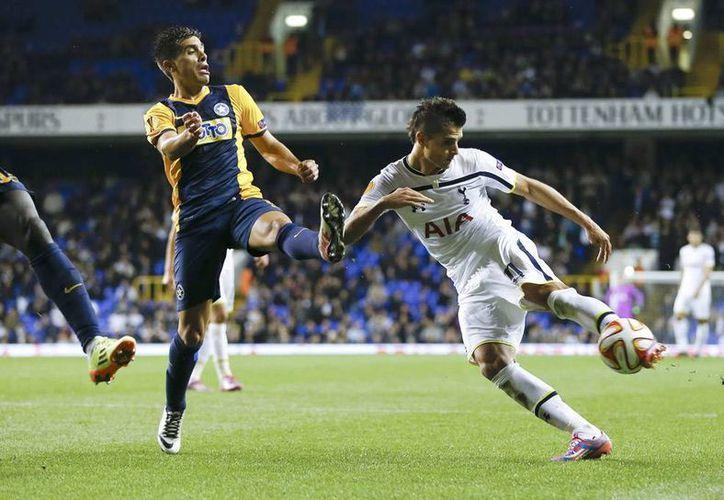 La anotación del argentino Erik Lamela en el partido Tottenham-Asteras Tripolis será considerado uno de los mejores de esta temporada de la Liga Europa. (AP)