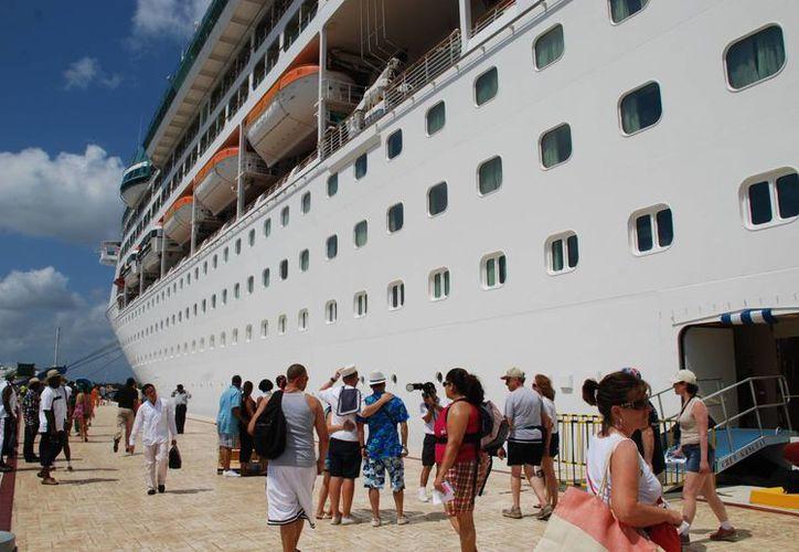 Esta sería la segunda vez que Pullmantur usaría a Cozumel como puerto de embarque.  (Gustavo Villegas/SIPSE)