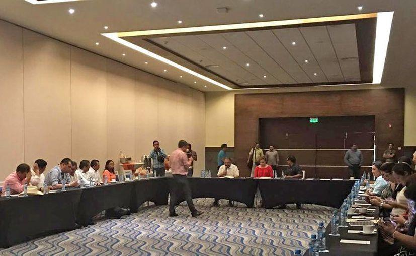 Ayer se designó a Javier Zetina González, como el titular del Órgano de Fiscalización Superior del Estado de Quintana Roo. (Alejandra Galicia/SIPSE)