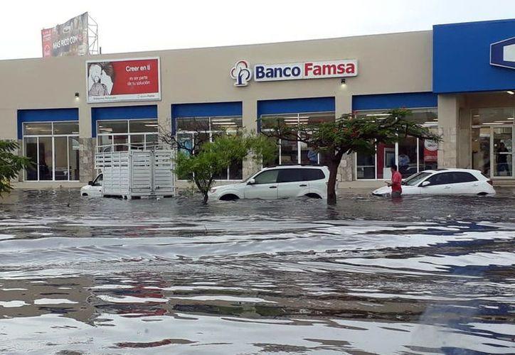 La zona dorada se inunda. (Foto: Milenio Novedades)