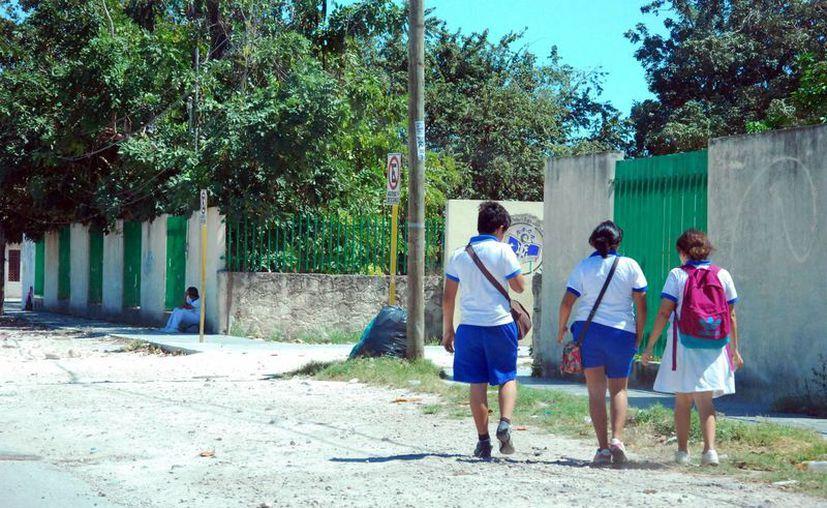 La capital del estado cuenta con 154 escuelas del nivel básico, cuyos alumnos son candidatos a sufrir la conducta represiva por parte de otras personas. (Enrique Mena/SIPSE)