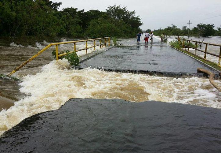 El río Hondo no representa todavía peligro para los pobladores pese a su aumento. (Redacción/SIPSE)
