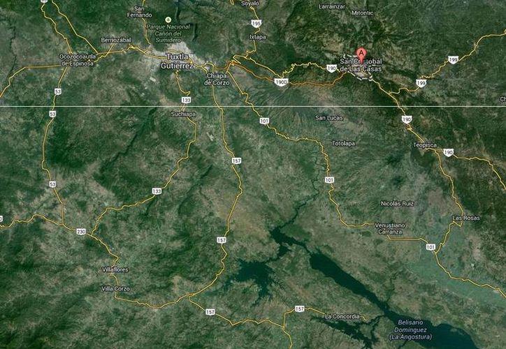 El percance ocurrió a la altura del kilómetro 102 de la carretera San Cristóbal-Comitán. (Google Maps)