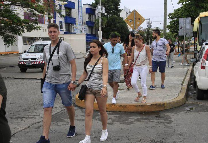 El turismo prefiere escoger el segmento todo incluido cuando realiza viajes a Cancún. (Tomás Álvarez/SIPSE)