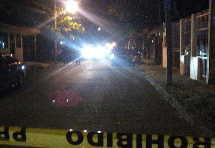 Tres personas resultaron heridas con arma de fuego en la Sm 29 de Cancún. (Sergio Orozco/SIPSE)