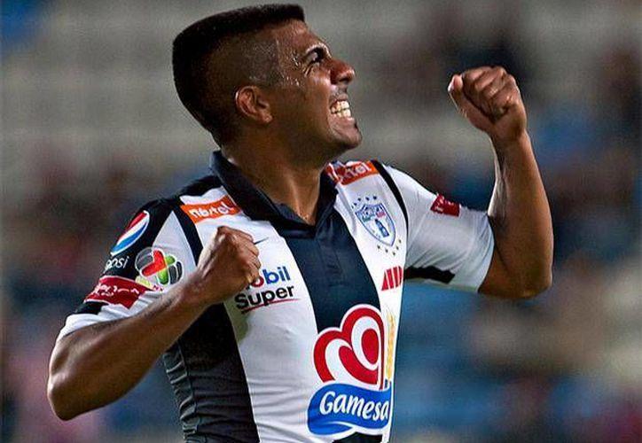Ludueña es un jugador que juega como ofensivo con Tuzos de Pachuca.(foxsportsla.com)