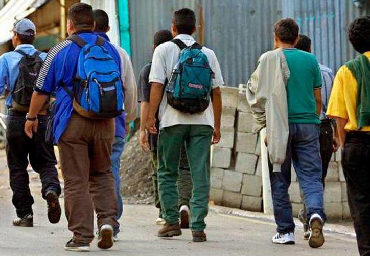 Los migrantes yucatecos radicados en Estados Unidos enviaron más de 2,700 mdp en remesas, a familiares en Yucatán. (Milenio Novedades)