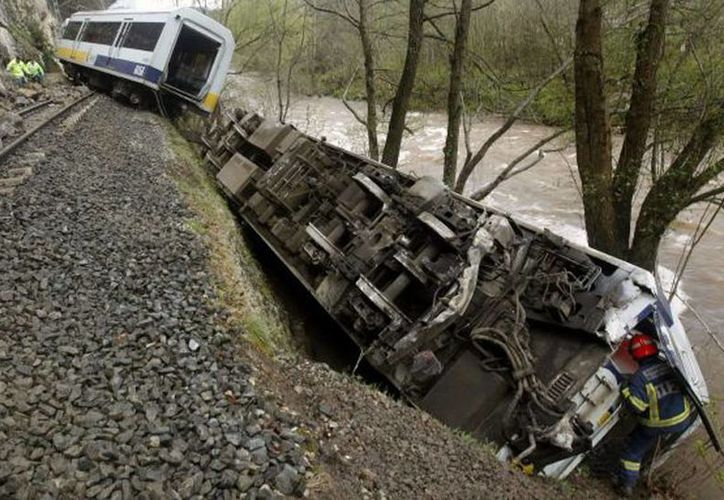 El tren afectado era el que cumplía la ruta entre las ciudades de Milán y Ventimiglia, casi en la frontera con Francia, los heridos fueron dos de los maquinistas.(Foto de contexto. EFE)