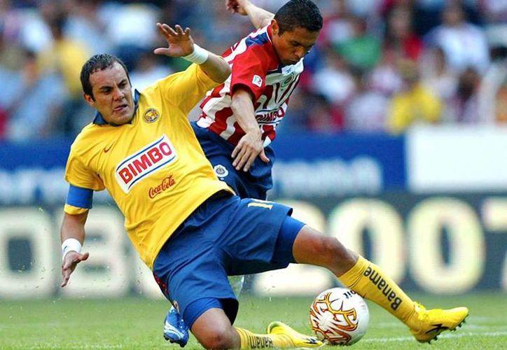 En cuatro ocasiones que América y Chivas se han visto en la liguilla, tres series han sido para las Águilas. (Archivo/ Mexsport)