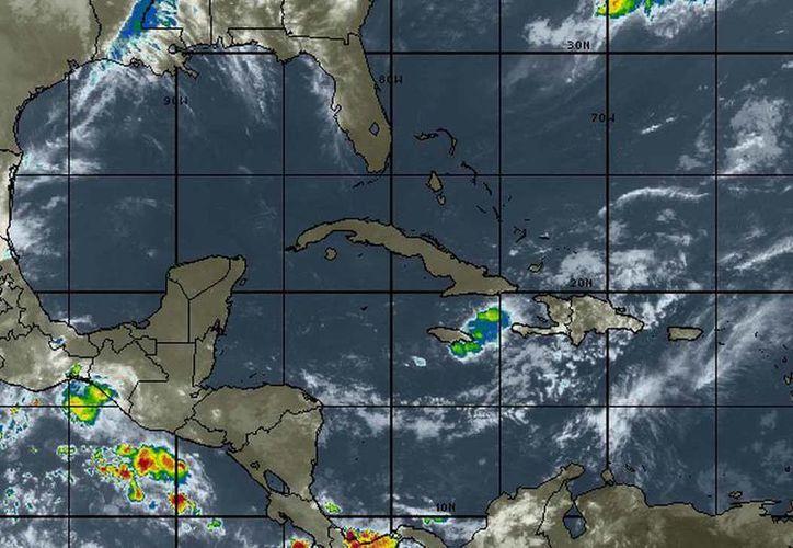 Se esperan posibles tormentas por una vaguada localizada sobre el sur del país. (Cortesía/SIPSE)