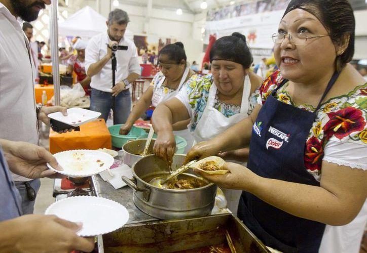 El 'Mundial de Cochinita Pibil' recaudó por lo menos 400,000 pesos para una causa altruista: comprar prótesis para niños de escasos recursos. (Notimex)