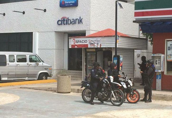 Unos sujetos amagaron con una pistola a un hombre y le robaron 40 mil pesos. (Foto: Redacción)