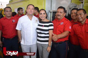 Heroico Cuerpo de Bomberos Cancún, reciben visitas