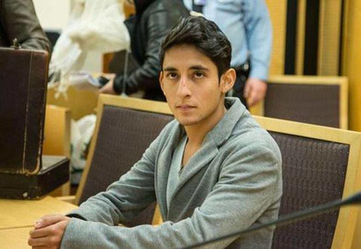 Autoridades de Noruega consideraron que los argumentos de Adán Cortés, mexicano que fue detenido por irrumpir en la ceremonia de los Premios Nobel, para pedir asilo político no tienen sustento, y decretó su deportación. (Archivo/Milenio Digital)