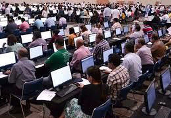 Loa maestros ya no tendrán que presentar pruebas para evaluación, admisión o promoción. (Notimex)