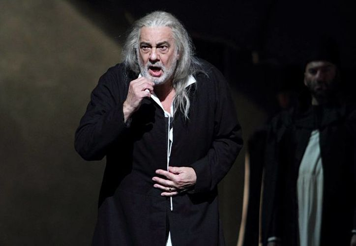 Plácido Domingo brindará un concierto en Austria este 30 de julio y otro en Ensenada, Baja California, el 15 de agosto. En la foto, durante un espectáculo en la Royal Opera House, en Inglaterra. (theguardian.com)