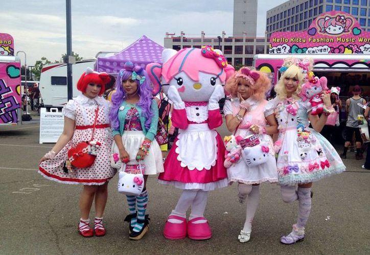 En julio del año próximo, Hello Kitty tendrá su espectáculo en Hong Kong, como parte del 40 aniversario de su creación. (hoylosangeles.com)